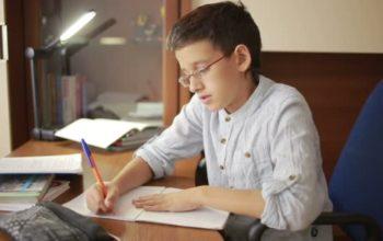depositphotos_123894050-stock-video-child-writes-homework-the-child